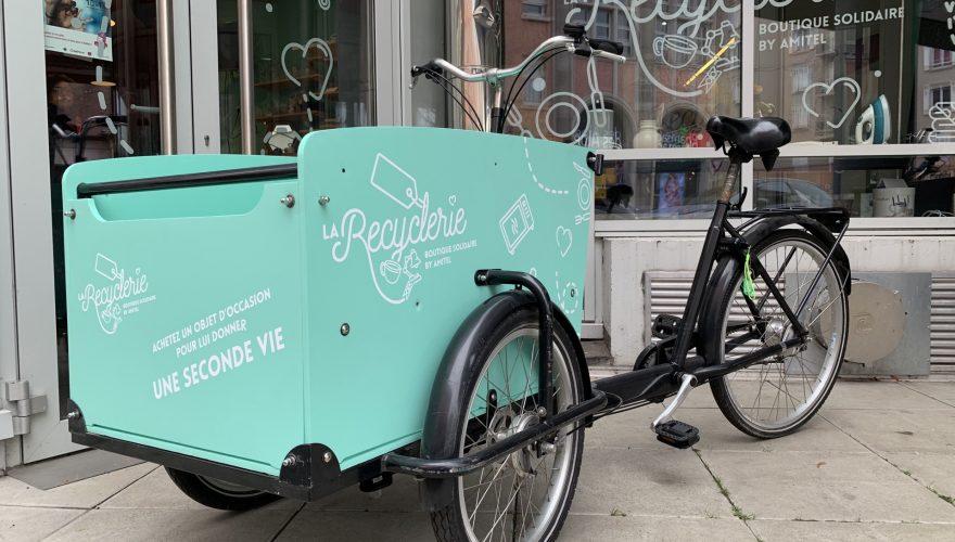Marquage véhicule vélo décoration adhésive côtés et avant